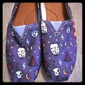 Shoes - Canvas slip on. Harry Potter themed.